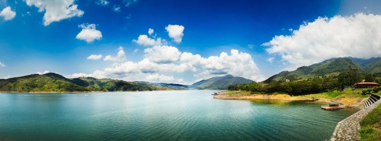 asta_skjervoy-Colombia-Lago_Calima-panorama-01