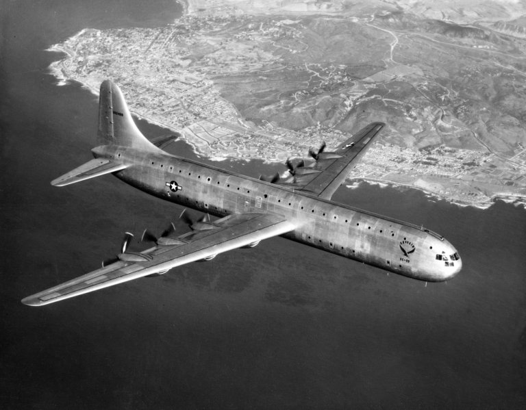 Convair_XC-99_in_flight_c1948